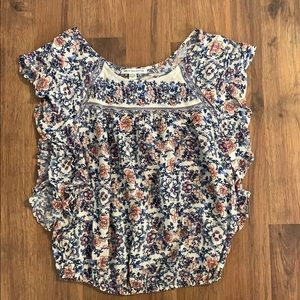 🌸American Eagle Outfitters TShirt